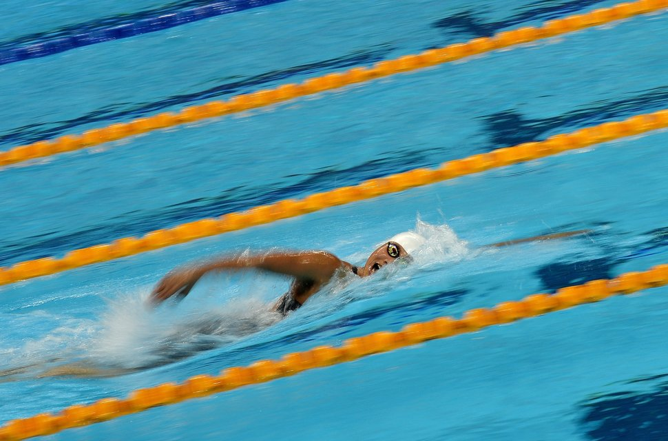 Nguyen Thi Anh Vien of Vietnam competes in the women's 400m freestyle swimming final event during the 28th Southeast Asian Games (SEA Games) in Singapore on June 10, 2015.   AFP PHOTO / MANAN VATSYAYANA