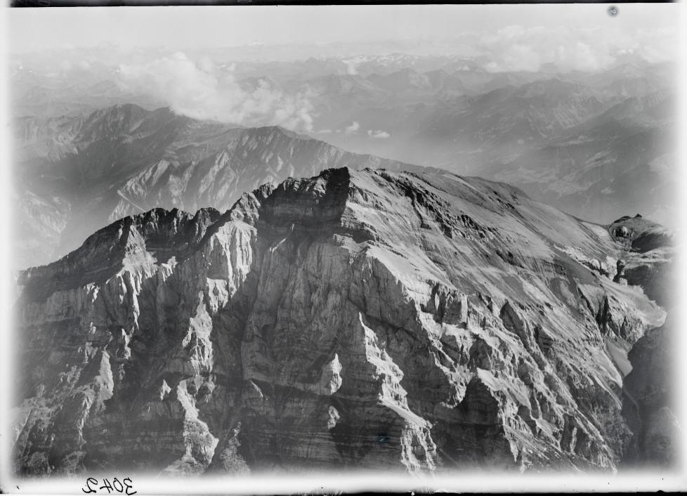 Calanda, Silvrettagruppe v. W. aus 3200 m