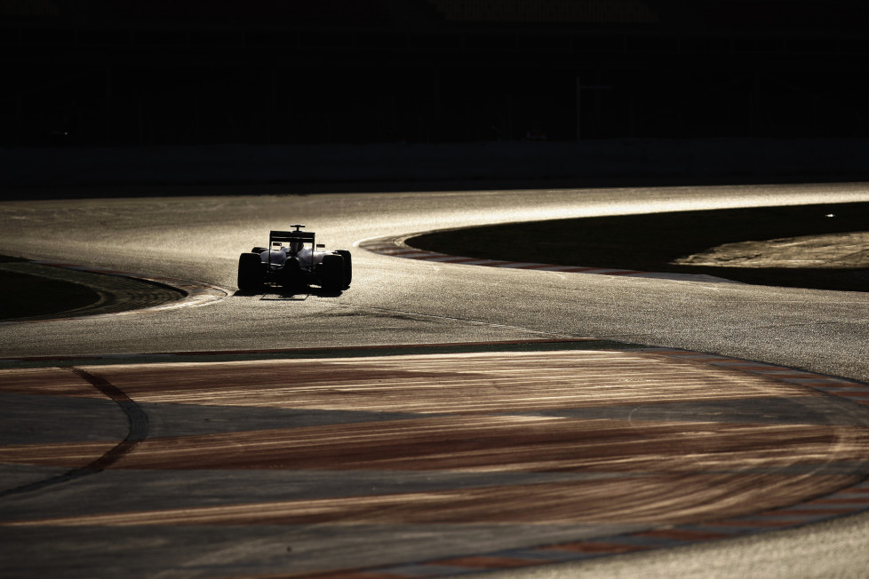 Ferrari's German driver Sebastian Vettel takes part in the fourth and last segment of Formula One pre-season tests at the Circuit de Catalunya, in Montmelo on the outskirts of Barcelona on March 1, 2015. AFP PHOTO/ QUIQUE GARCIA / AFP / QUIQUE GARCIA