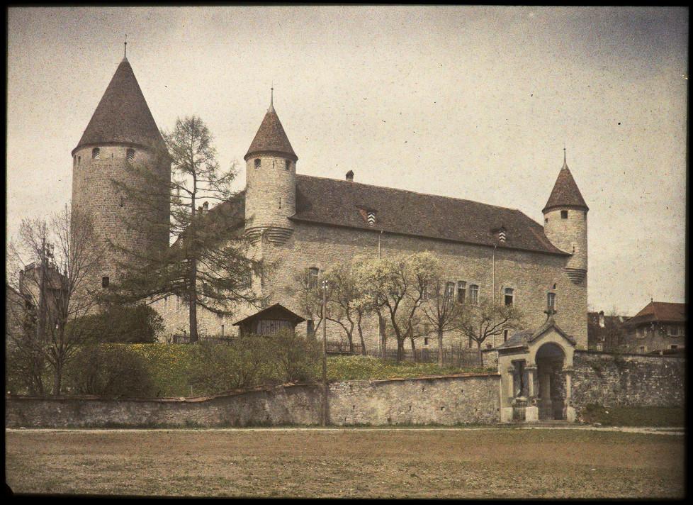 SIMON GLASSON, Le château de Bulle, entre 1921 et 1934 Collection : Musée gruérien, Bulle, MG-23829