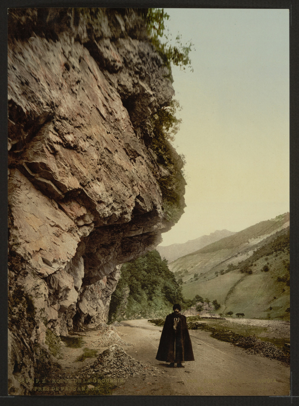The road, near Passanaur, Groussie, (i.e., Georgia) between 1890 - 1900 (c) Library of Congress