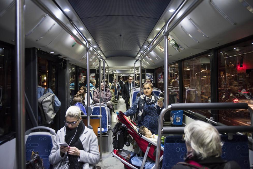 Buslinien 31 und 32 **Fotoblog** Bild 26 Linie 31 (Tamedia AG/Thomas Egli, 31.3.2016)