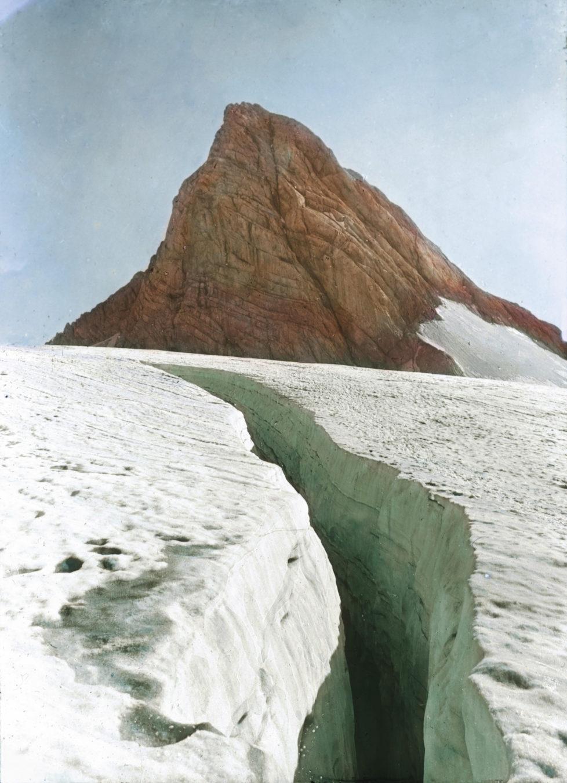 AUSTRIA - CIRCA 1900: Dachstein: The Gosaugletscher (Gosau glacier) with the Mitterspitz mountain. Salzkammergut. Hand-colored lantern slide. Around 1900. (Photo by Oesterreichsches Volkshochschularchiv/Imagno/Getty Images)