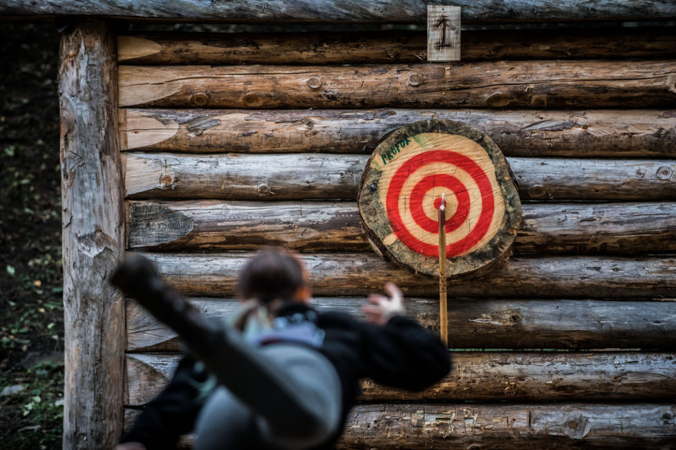 A contestant throws a double axe at the first Swiss Championship of double axe throwing, organized by the first Swiss Club of Axe Throwing, in Faido, Switzerland, Saturday, October 22, 2016. About 30 male and female contestants take part in championship. (KEYSTONE/Ti-Press/Samuel Golay)