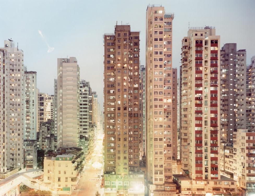 Aus der Serie NEONTIGERS, Hongkong, 2001 C-print, 123x160cm
