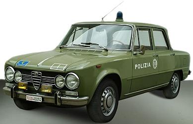 Sicher ins Stadion mit dem Alfa Romeo Giulia 1600 Stradale