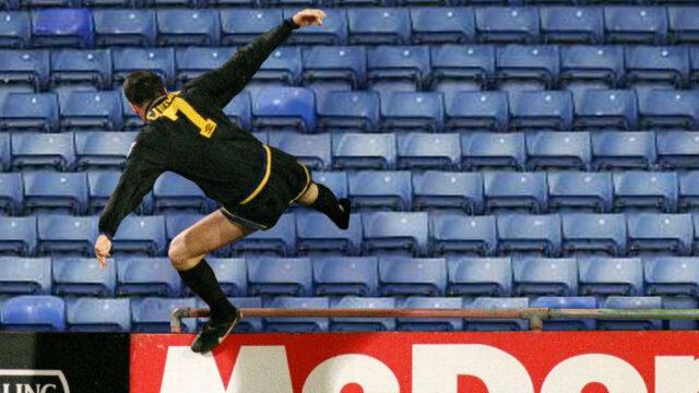 Cantona vs Crystal Palace (1)